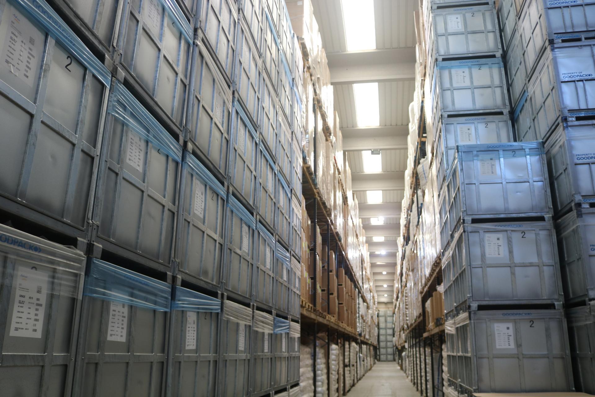 Aumento de empresas de transporte y almacenamiento